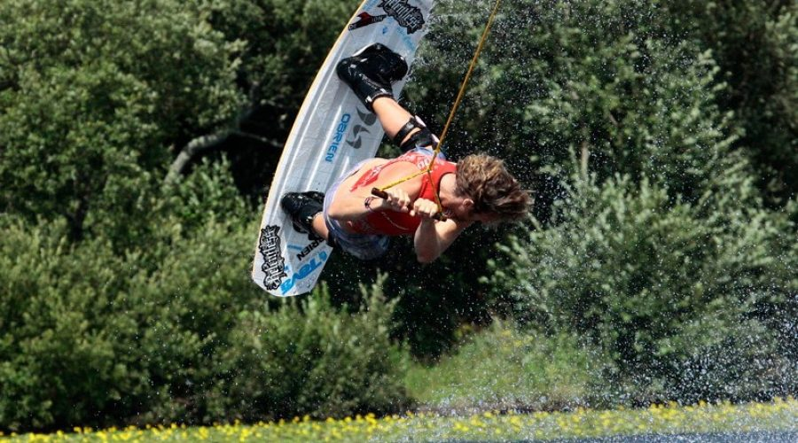 Cable Tow Wakeboard Park Opens in Cornwall