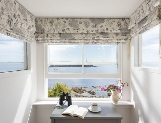 sea view window in Mousehole holiday home